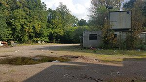 Bramley-park-derelict-area-with-portacabins